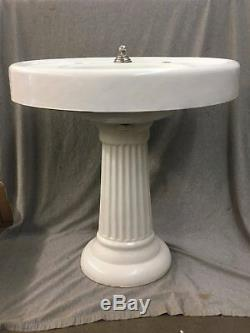 Antique Cast Iron White Porcelain Oval Pedestal Sink Old Vtg Standard 400-17E
