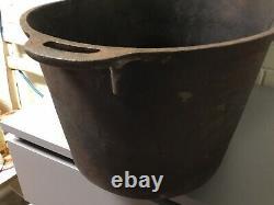Antique Vtg Large Oval Cast Iron Handled Footed Roaster Log Wood Holder 25 X13