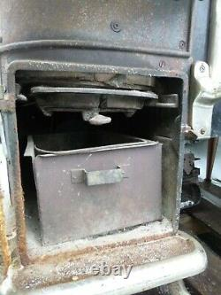 Findlay Oval Cook Stove, Rare