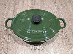 LE CREUSET FRANCE Green cast iron oval casserole dish size 25 EXCELLENT example