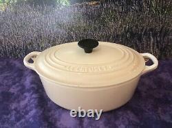 Le Creuset 2.75 Qt 2.6L Oval Dutch Oven Enamel Cast Iron Almond 23 cm