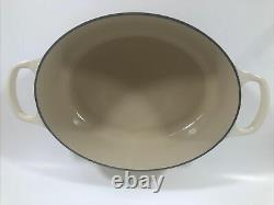 Le Creuset 27 Cast Iron Oval Dutch Oven 3.5 Qt Cream With Lid NEVER USED
