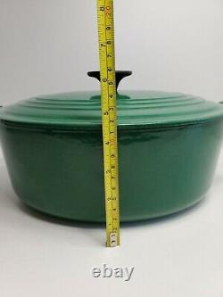 Le Creuset #29 Green Cast Iron Oval Dutch Oven Good Condition WithLid