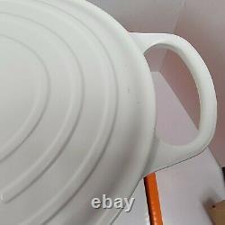 Le Creuset Cast Iron Oval 9 1/2 Qt Casserole Dutch Oven Cotton White 13 3/4