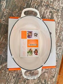 Le Creuset Enameled Cast Iron Oval Dutch Oven, 2.75 qt, White, BRAND NEW With BOX