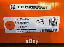Le Creuset Signature 8-qt Oval Dutch Oven, Flame Orange NIB w 2 Knobs