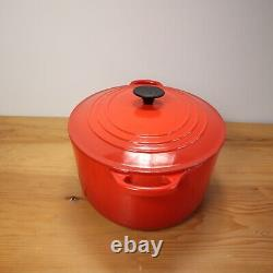 Le Creuset Signature Dutch Oven Oval #33 8 Quart Cast Iron Enameled Red Cerise