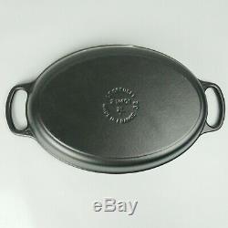 Le Creuset Signature Matte Black Enamel Cast Iron Flat Oval Baker 2.25qt 2L 32cm
