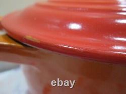 Le Creuset Vintage Cast Iron Flame Oval Dutch Oven 23 2.75qts & Le Creuset Towel