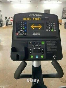 Life Fitness Integrity Series Elliptical CLSX (Remanufactured)