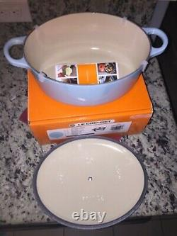 NIB NEW Le Creuset Sky Blue Cast Iron Oval Casserole Oven with Lid 3.5 qt 9 3/4