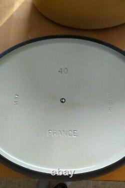 Rare HTF Le Creuset Enameled Cast Iron Yellow 15 1/2 Qt Oval Dutch Oven