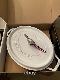 Staub Coq Au Vin 5.75 Qt White Dutch Oven Rooster Knob Cast Iron New! Oval