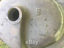 Vintage ELJER Cast Iron 4 Center OVAL Lavatory Sink in FRESH GREEN-NOS