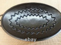 Wagner Ware Small #3 Cast Iron Oval Roaster with Embossed Logo Lid #1283