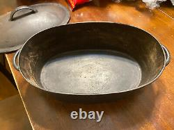 Wagner ware cast iron oval roster / Dutch Oven no. 2 handwritten Base And Lid