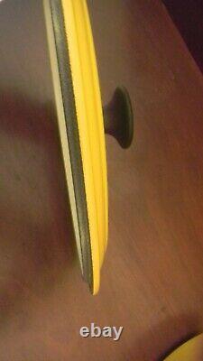 Yellow Le Creuset 2 3/4 QT Quart Enameled Cast Iron Oval Dutch Oven